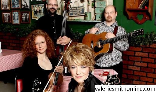 Musik Country, Musik Yang Telah Melekat Pada Jati Diri Valerie Smith