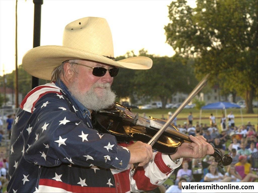 Charlie Daniels, Penyanyi dan Penulis Lagu Bergenre Bluegrass